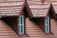 tile roofing yellow pine